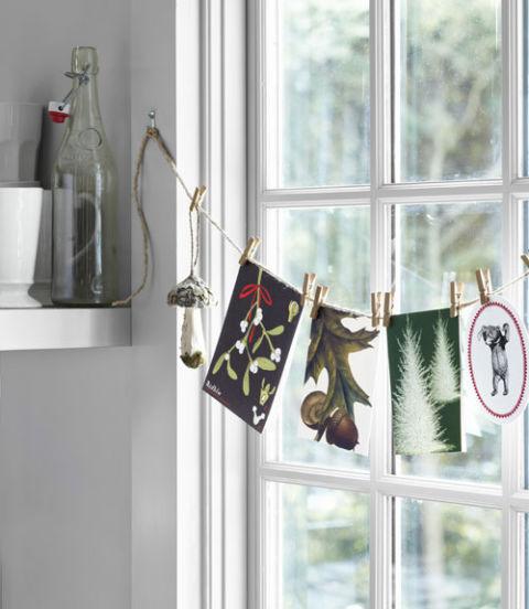 54eb587e46c60_-_holiday-woodland-decor-twine-and-clothespin-display-0112-lgn